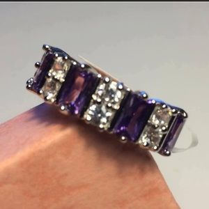 Beautiful Striking Amethyst Crystal Ring